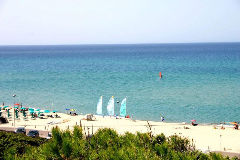 Badus- Beach